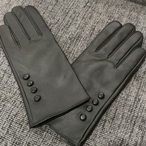 Accessories - NWT Genuine Leather Gloves Black